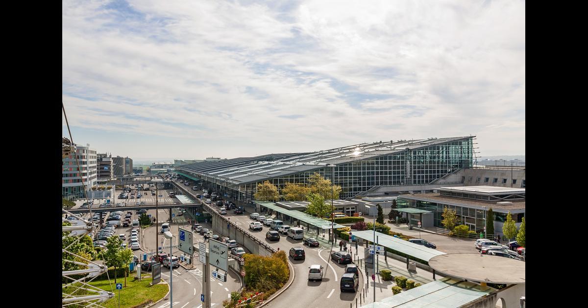 Köln Nach Stuttgart Flug