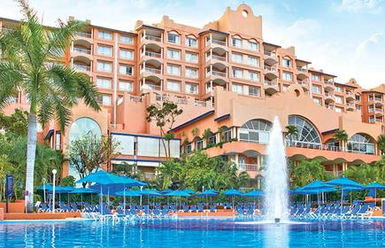 Azul Ixtapa Grand Suites & Spa