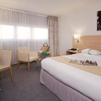 Best Western Plus Paris Orly Airport Standard Guest Room