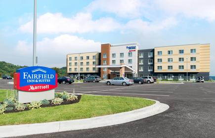 Fairfield Inn and Suites by Marriott Huntington