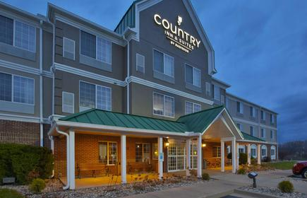 Country Inn & Suites by Radisson, Big Rapids