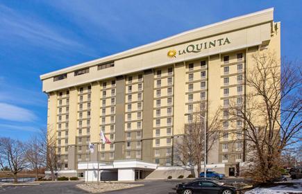 La Quinta Inn & Suites by Wyndham Springfield MA