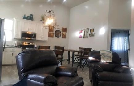 45 Minutes From Moab, Located In Green River Utah R Guest House