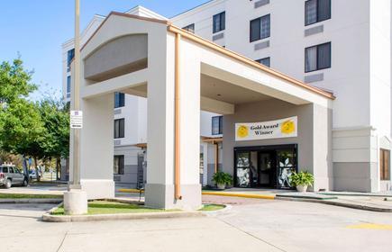 Sleep Inn and Suites Metairie