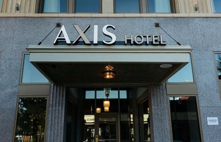The Axis Moline Hotel, Tapestry Collection by Hilton