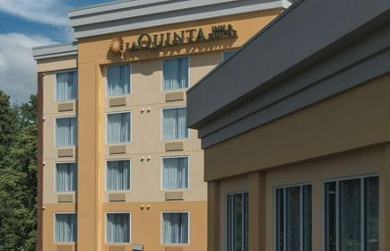 La Quinta Inn & Suites by Wyndham Lynchburg at Liberty Univ.
