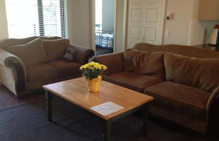 Executive 2 Bedroom/2 Bathroom In Lower Lonsdale North Vancouver
