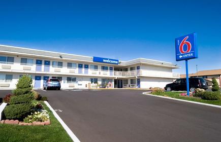 Motel 6 Pendleton