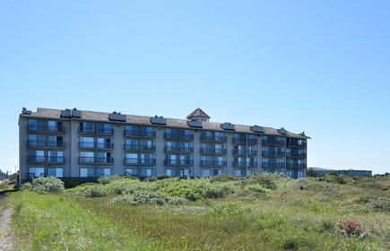 Best Western Lighthouse Suites Inn