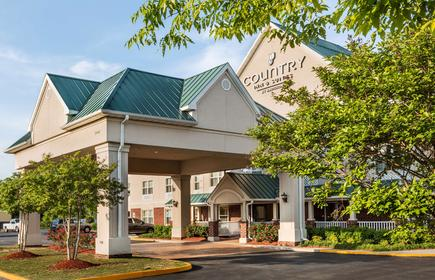 Country Inn & Suites by Radisson, Chester