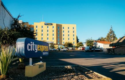 City Express Saltillo Sur
