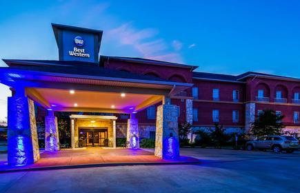 Best Western Red River Inn & Suites