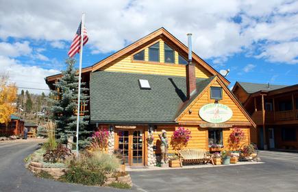 Spirit Lake Lodge and Snowmobile Rentals