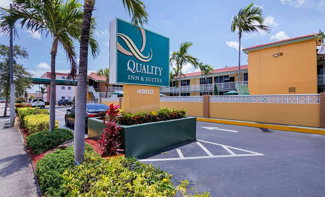 Quality Inn & Suites Hollywood Boulevard