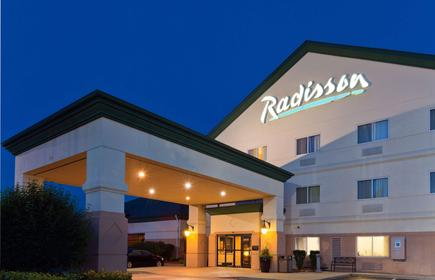 Radisson Hotel & Conference Center Rockford, IL