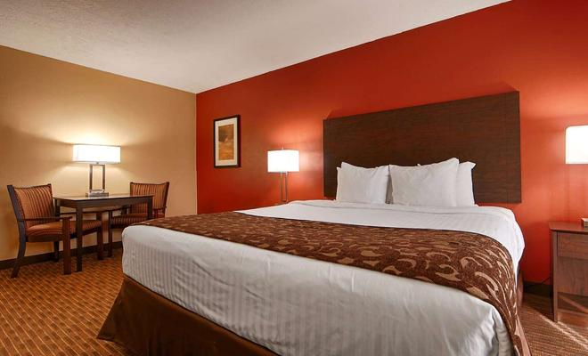 Best Western El Rey Inn & Suites