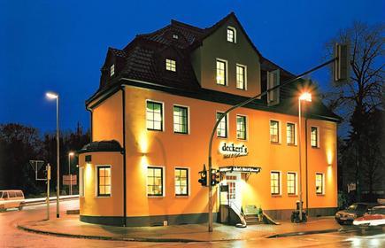 Deckert's Hotel