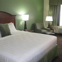 Best Western PLUS New Ulm King Guest Room