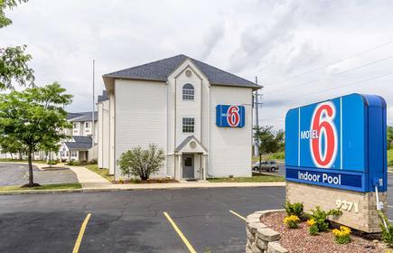 Motel 6 Streetsboro, OH