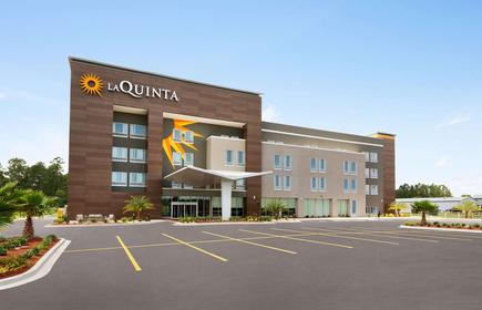 La Quinta Inn & Suites by Wyndham Brunswick/Golden Isles