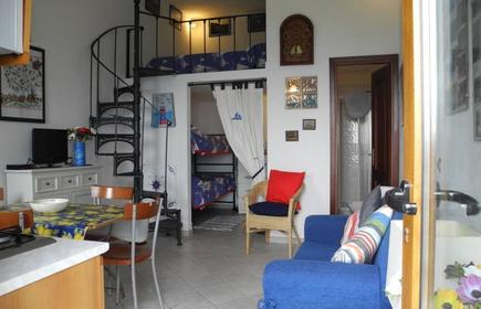 studio with mezzanine bed and a smal room with bunk bed