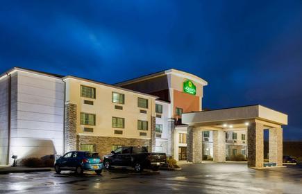 La Quinta Inn & Suites by Wyndham Batavia