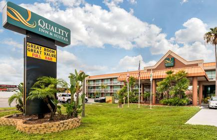 Quality Inn and Suites Tarpon Springs South