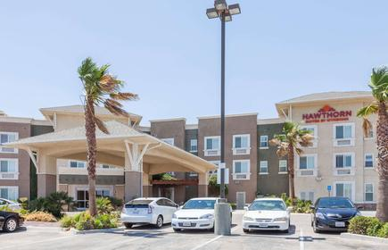 Hawthorn Suites by Wyndham Victorville