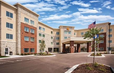 La Quinta Inn & Suites by Wyndham St. Paul-Woodbury