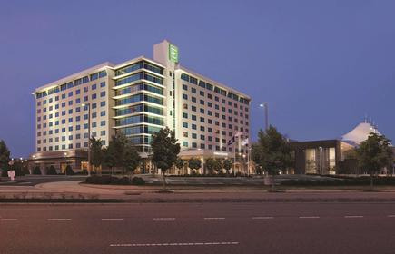 Embassy Suites by Hilton Hampton Convention Center