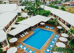Best Western Plus Belize Biltmore Plaza - Belize Stadt - Pool