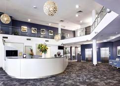 Quality Hotel Dickson - Canberra - Lobby