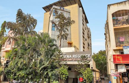 Oyo 12020 Hotel Ratna Regency