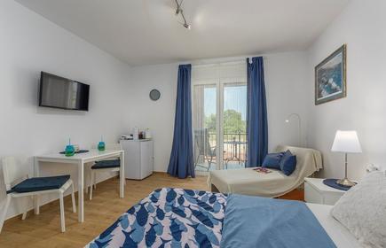 Apartment Complex Jelena