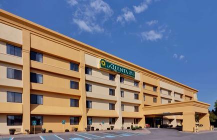 La Quinta Inn & Suites by Wyndham Plattsburgh