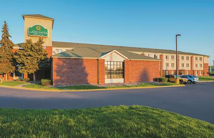 La Quinta Inn & Suites by Wyndham Minneapolis Northwest