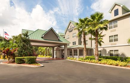 Country Inn & Suites Tampa Casino-Faigrounds