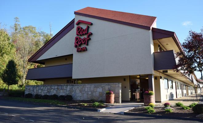 Red Roof Inn St Clairsville - Wheeling West