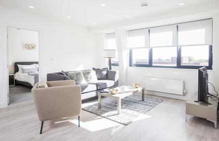 City Stay Apartments - Platform