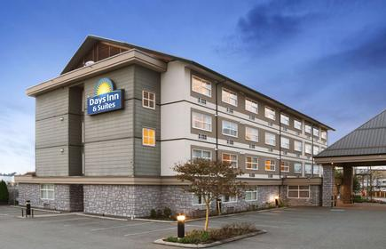 Days Inn & Suites by Wyndham, Langley