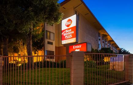 Best Western Plus Inn of Hayward