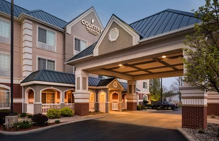 Country Inn & Suites by Radisson, Michigan City IN