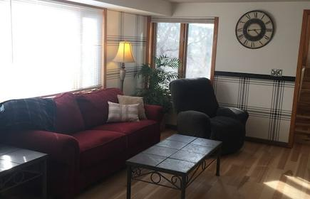 Family friendly home - great for Fall activities or winter Holidays!!