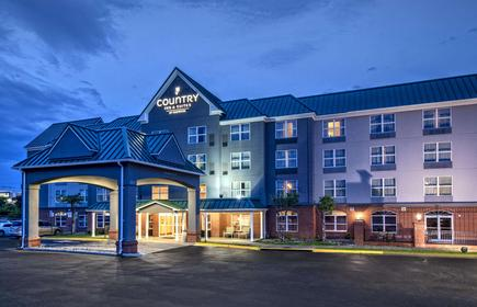 Country Inn & Suites by Radisson, Potomac Mills