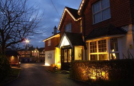 The Corner House Hotel Gatwick