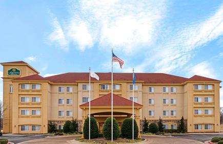 La Quinta Inn & Suites by Wyndham Stillwater-University Area