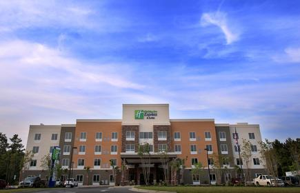 Holiday Inn Express & Suites Southport - Oak Island Area