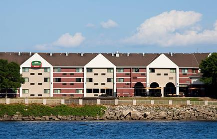 Courtyard by Marriott La Crosse Downtown/Mississippi Riverfront