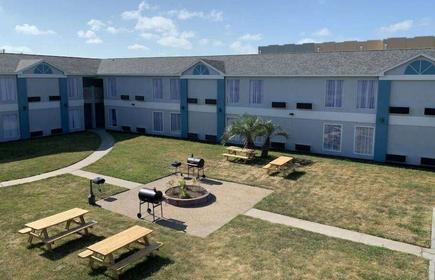 Days Inn by Wyndham Rockport Texas