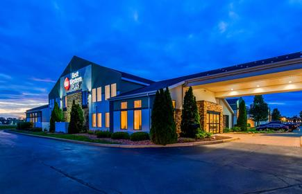 Best Western PLUS Liverpool-Syracuse Inn & Suites
